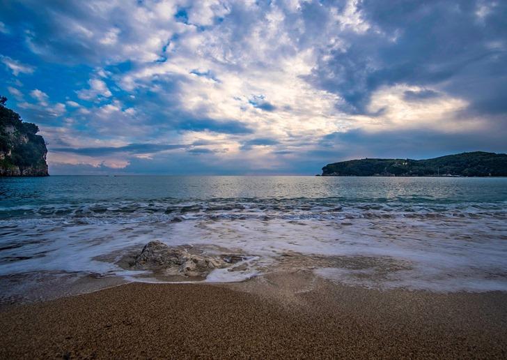 beach-3259700_1280